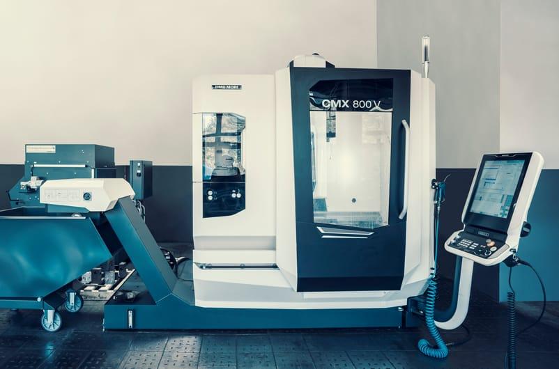 CNC Machine CMX 800V