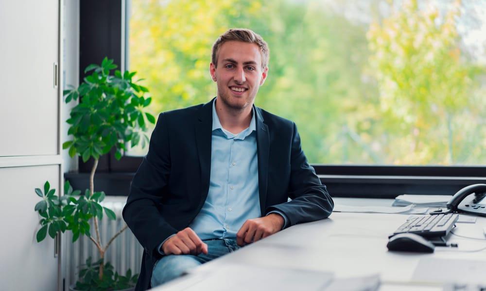 Angstrom Voss Sonnenschutz Kontakt Ansprechpartner Verkauf Markisen Yannik Breidebach